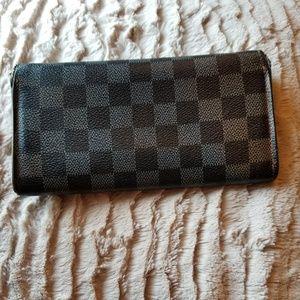 Louis Vuitton Bags - 🎉Splendid Louis Vuitton Damier Wallet🌟